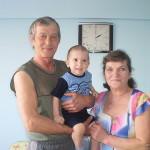 Салтымаковы Сергей и Людмила с внуком